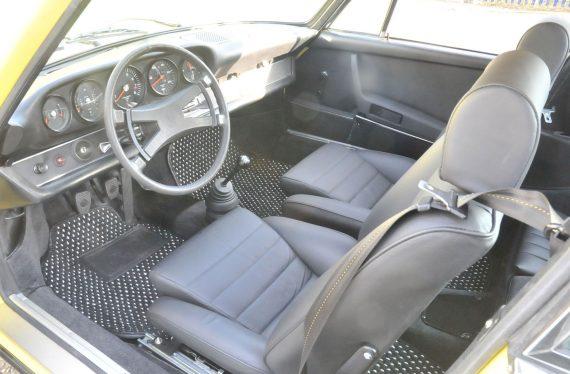 1973 Porsche interior