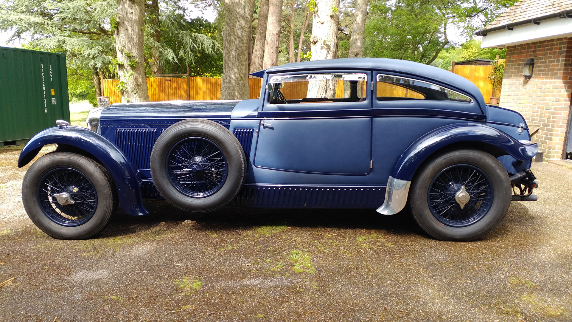 Bentley blue train for sale