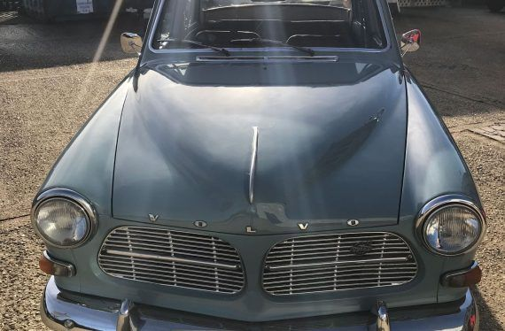 Volvo Amazon paintwork